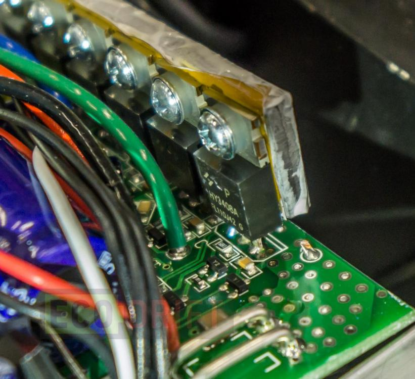 Vnutri-deki-electrosamokata-EcoDrift-T10DDM-18.JPG