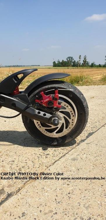 Kaabo trottinette scooter passion mantis reportage2.jpg