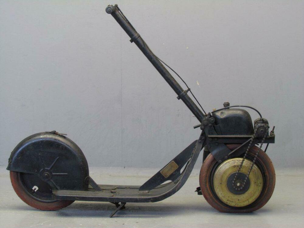 Autoped-1920-D-1.thumb.jpg.1b68cbc5a226f6551d02b7c4e1fb6a7d.jpg